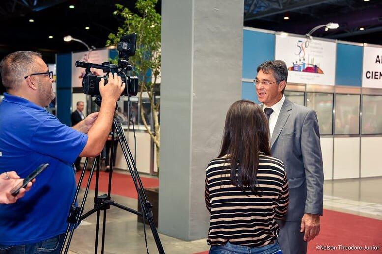 Dr.-Breno-Acauan-(entrevista-TV-Pampa)